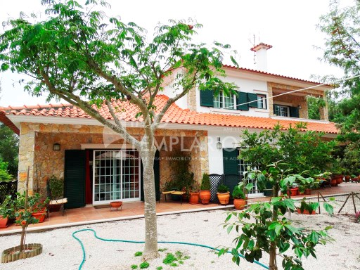 Spectacular Villa with 2,820 m2 of land-Ferreira do Zêzere%46/52