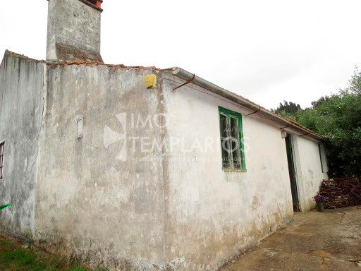Habitable housing with 1,400 m2 in the parish of Areias, Ferreira do Zêzere%5/37