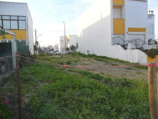 6d322f20c5df0 Lote de terreno com projecto aprovado para moradia de 2 pisos área ...