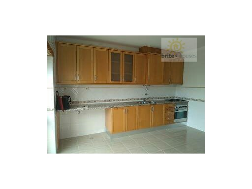 3 bed apartment in Abrantes | 3 Bedrooms | 2WC