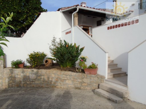 Villa for sale  near Tomar, Central Portugal | 2 Bedrooms | 2WC