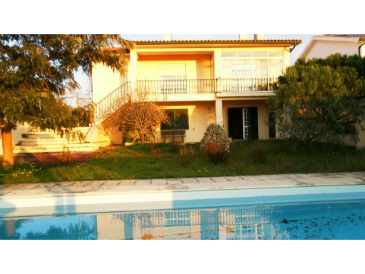 Excellent Villa T4 and traditional Portuguese style, with good areas in the District of Montemor-o-Velho. | 4 Bedrooms