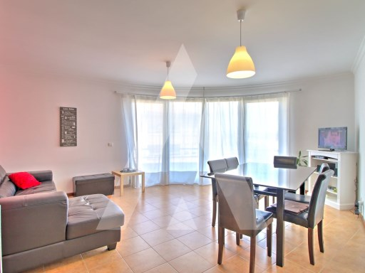 2 bedroom apartment in the Centre of the town of Oliveira do Bairro. | 3 Pièces | 2WC