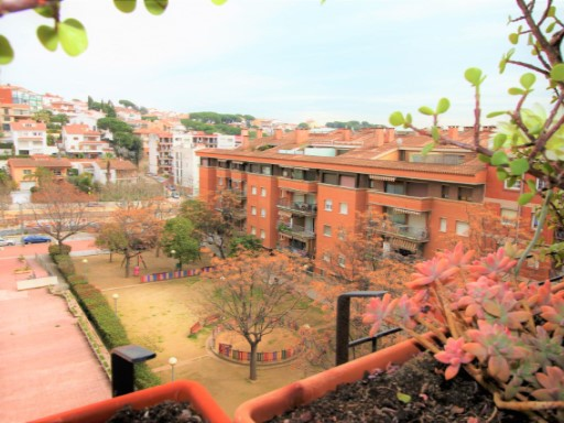 Sale of home views of sea and mountain, terrace, balcony, very bright | 4 Bedrooms | 2WC