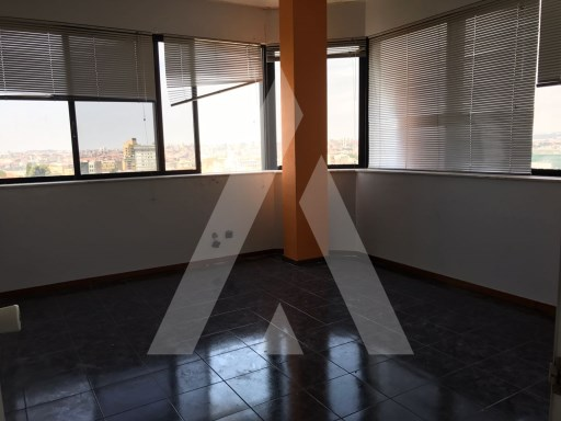 Office in the building in the Centre of Camilo j. Vila Nova de Gaia |