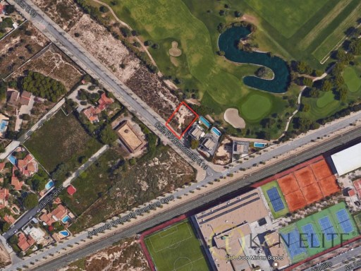 Exclusive Plot in Alicante Golf |