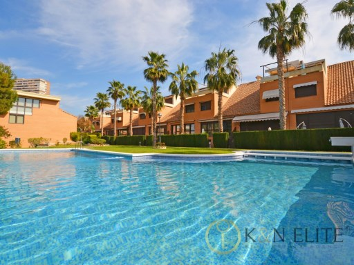 Townhouse of High Quality in Cabo de las Huertas | 4 Bedrooms | 4WC