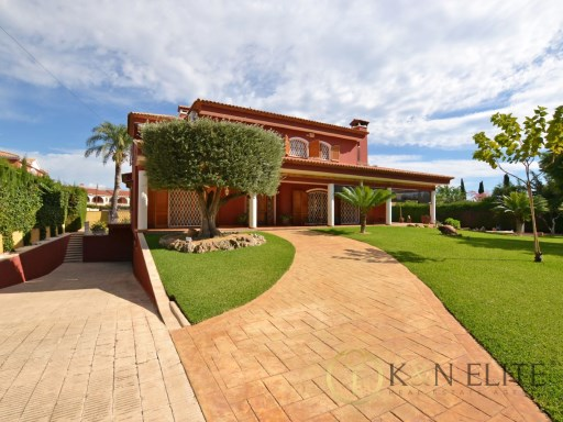 Exclusive Villa in La Font | 5 Bedrooms | 5WC
