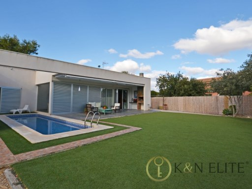 Villa › Sant Joan d'Alacant | 4 Bedrooms | 3WC
