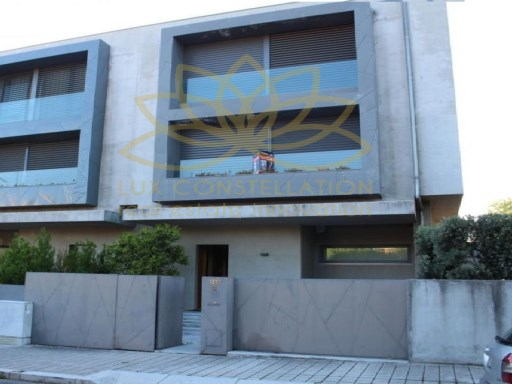 House › Porto | 5 Bedrooms | 6WC