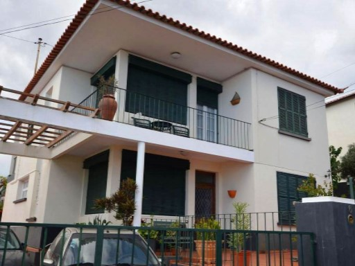 House › Funchal | 3 Bedrooms + 1 Interior Bedroom | 2WC