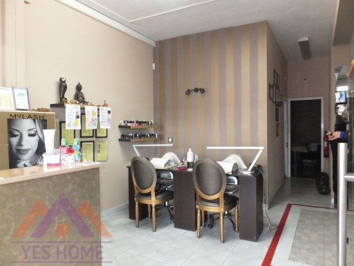 Aesthetics and Hairdressing Center fully equipped in Faro |