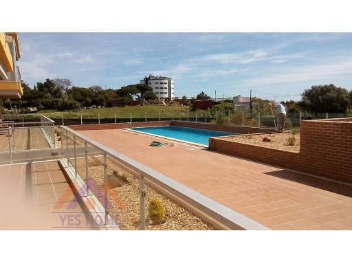 2 bed room apartment with pool and parking | 2 Bedrooms | 2WC