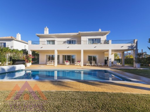 Vilamoura Golf Front 4 Bed Villa For Sale | 4 Bedrooms | 4WC