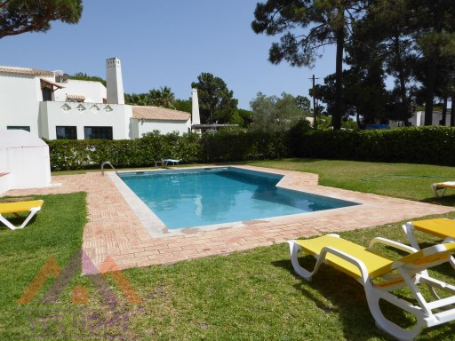 Villa close to the Golf Courses and 10 minutes walk from the Marina and Beach | 4 Bedrooms | 3WC