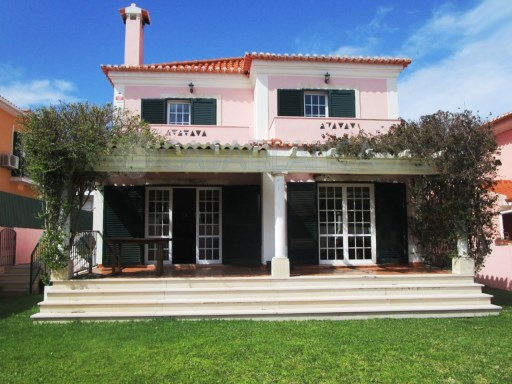 Amazing 4 bedrooms Villa to rent - Quinta das Patinhas, Cascais | 4 Bedrooms | 3WC