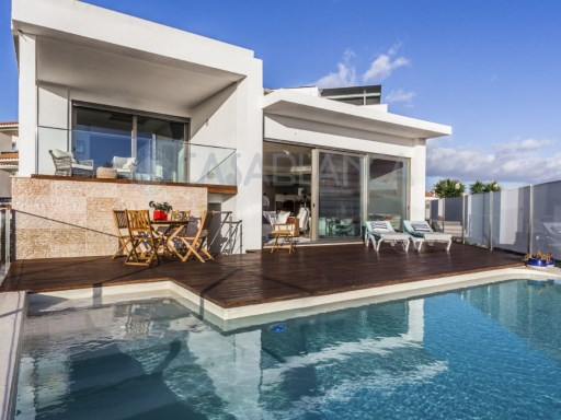 House 4 bedrooms modern +1 well located with view of sea | 4 Bedrooms