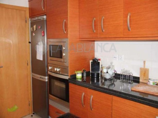 3 bedroom apartment in very good condition | 3 Bedrooms | 2WC