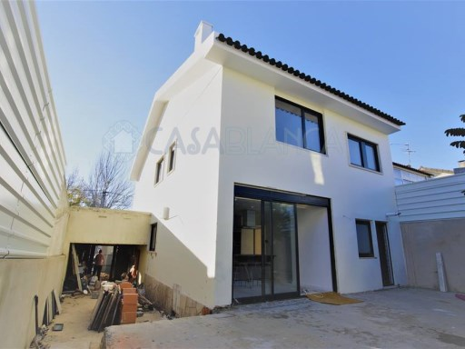House › Cascais | 4 Bedrooms