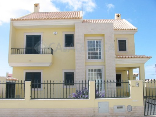 4 Bedrooms Villa in Polima, Cascais | 4 Sovrum | 3WC