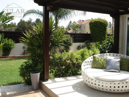 Villa for rent in Limassol | 3 Bedrooms | 3WC