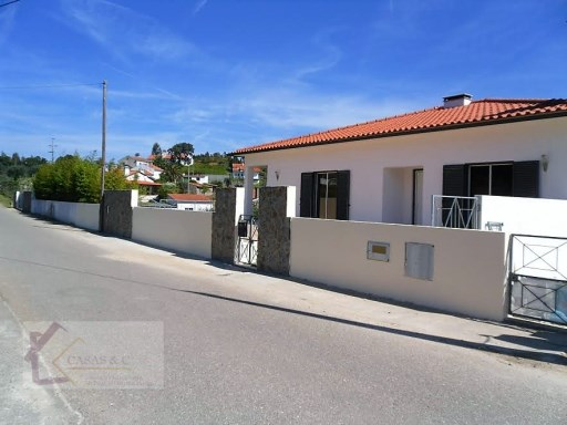 House › Vila Nova da Barquinha | 3 Bedrooms