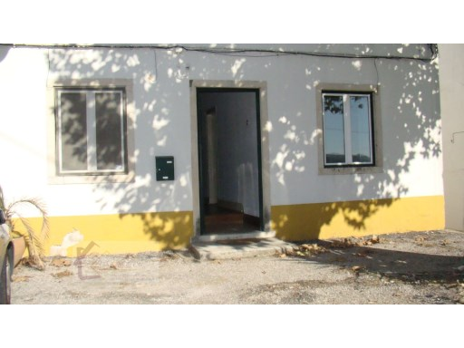 Apartment › Tomar | 3 Bedrooms + 1 Interior Bedroom | 1WC