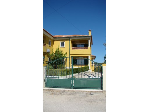 House › Tomar | 3 Bedrooms