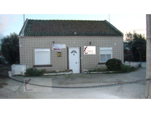 Single Level Home › Abrantes | 2 Bedrooms | 1WC