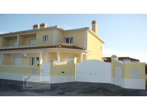 House › Tomar | 2 Bedrooms