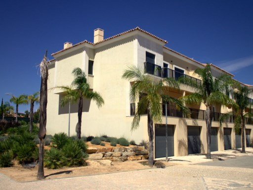 Apartment › Faro | 3 Bedrooms | 2WC