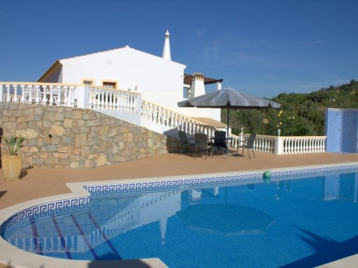 Spacious 3 bedroom villa with pool | 3 Bedrooms | 3WC