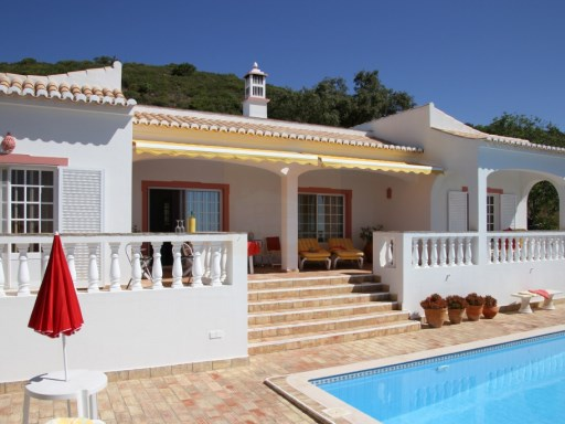A 4 bedroom villa with fantastic coastal views | 4 Bedrooms | 4WC