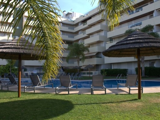 Two Bed Apartment in the Marina of Vilamoura | 2 Bedrooms | 3WC