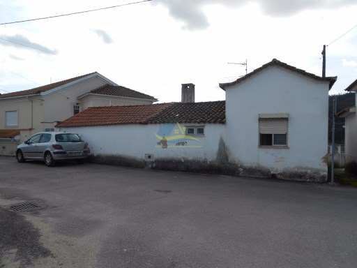 One bedroom village property for renovation with the option of creating a second bedroom.  | 2 Pièces | 1WC