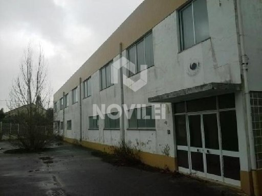 Warehouse intended for manufacturing unit c/3158m2, 100% financed. |
