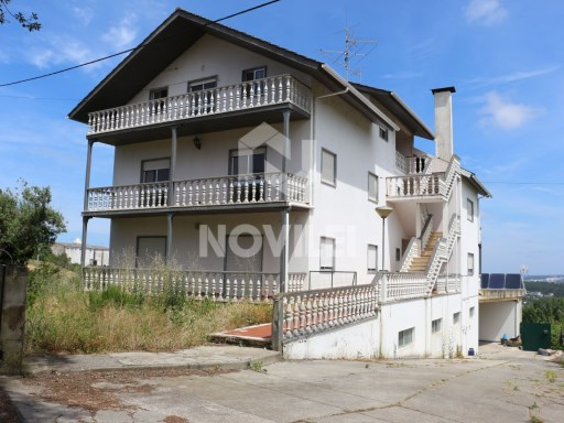 Large 3 bedroom apartment located in the barrier, Leiria. Financed 100% c/offer of bank charges and the possibility of extra funding for works | 3 Bedrooms | 2WC