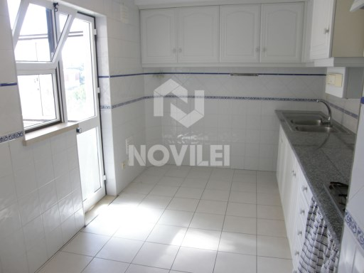 Very sunny apartment, equipped kitchen, garage and attic | 2 Bedrooms | 1WC