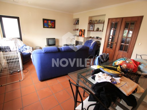 Apartment T4 Duplex in Leiria with storeroom and garage | 4 Bedrooms | 2WC