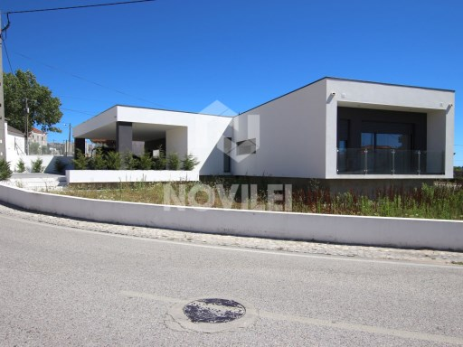 House › Batalha | 3 Bedrooms
