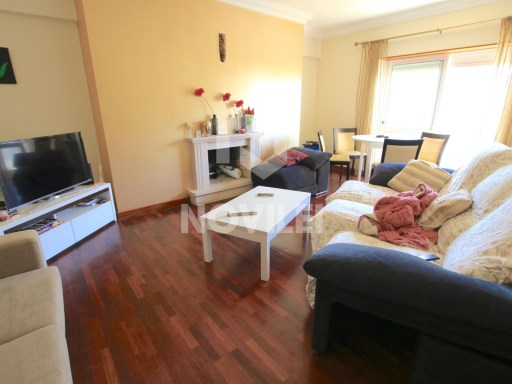 1 Bedroom Apartment || Leiria Centre || Excellent Sun Exposure | 1 Bedroom | 1WC
