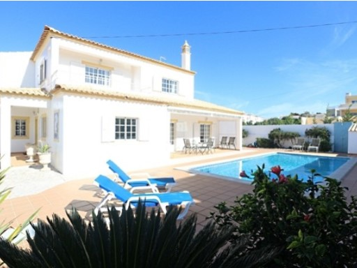 House for vena Gale in Albufeira € 590,000%2/24