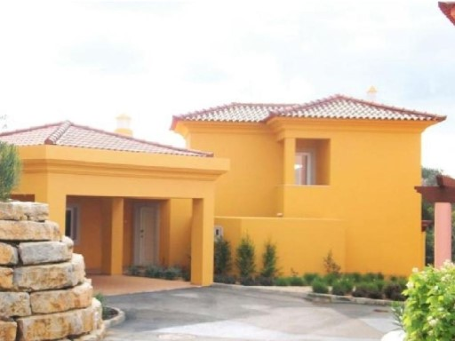 New townhouse with 4 rooms in the Algarve for sale%1/14