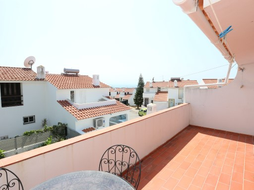 +1 V2 townhouse with sea view in albufeira.%13/13