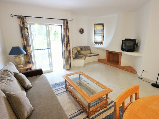 2 bedroom furnished apartment in Albufeira%2/17