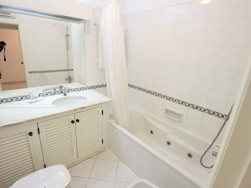 Buy 2 bedroom apartment furnished and equipped in Albufeira%7/17