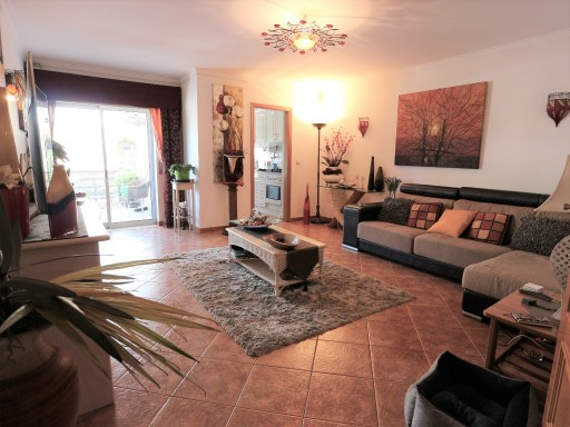 3 bedroom apartment for sale in the Centre of Albufeira%1/10