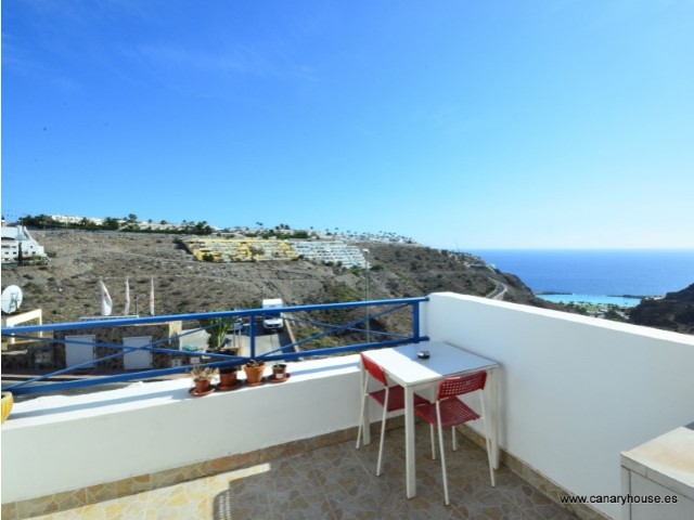 For sale. Apartment with sea views in Puerto Rico, Gran Canaria.