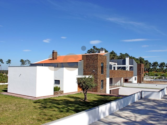 VERDIZELA | MODERN SEMI-DETACHED VILLA T5+2 | 5 Bedrooms + 2 Interior Bedrooms | 1WC