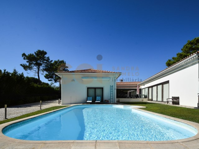House › Sesimbra | 4 Bedrooms | 3WC